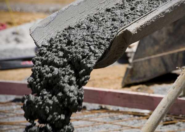 Мокрая бетонная смесь раствор готовый кладочный цементный марки 100 цемент марки